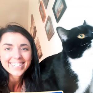Autumn 2020's Superdraw Jackpot Winner, Nadia Sadovska & her cat Chernish