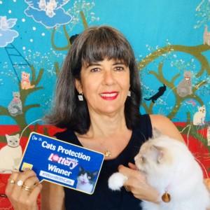 Jill Journeaux Weekly Lottery winner and her cat Bella